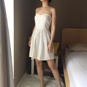 Be Bop Strapless Cotton White Dress.-G1.